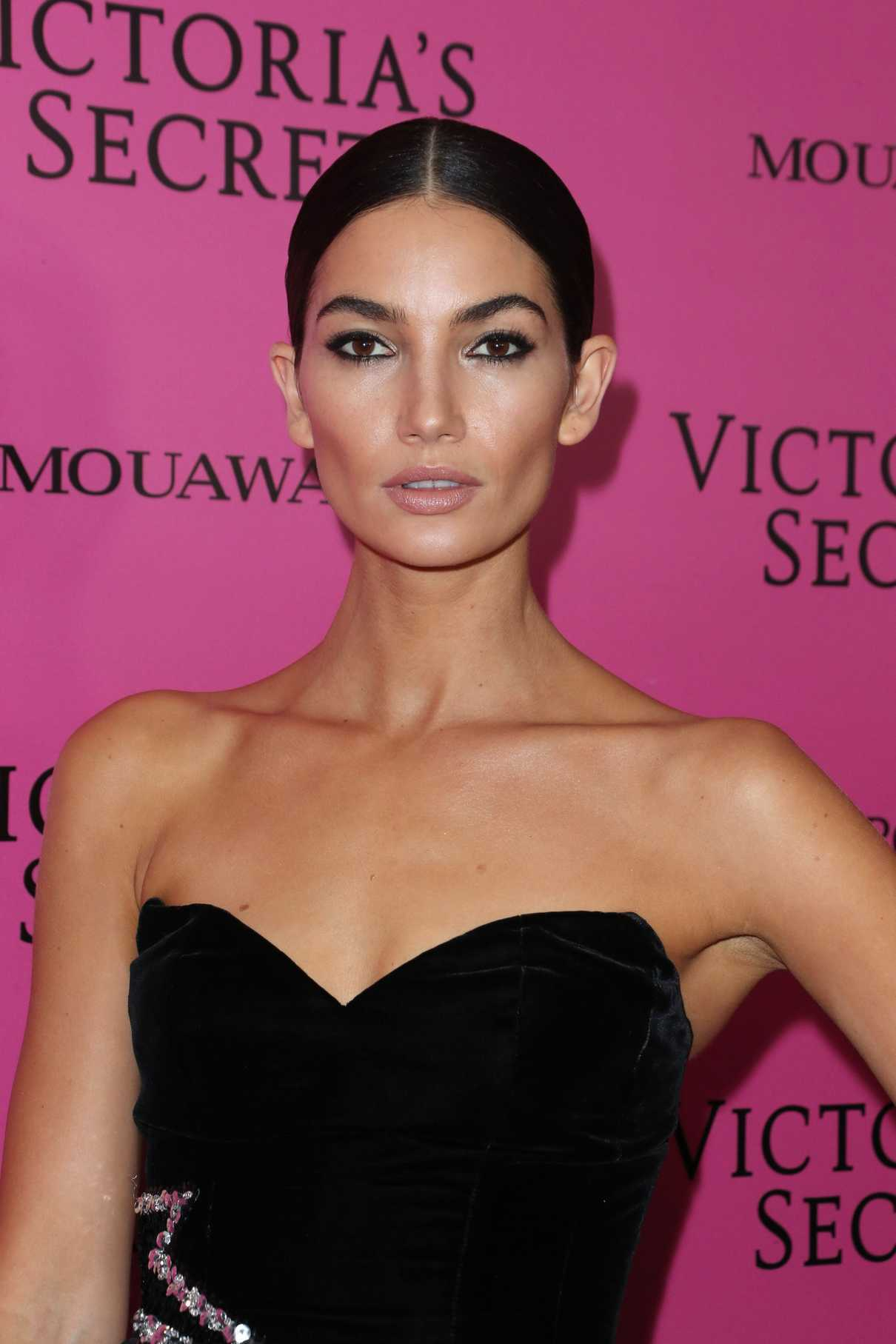 Lily Aldridge at 2017 Victoria's Secret Fashion Show After Party in Shanghai 11/20/2017-5