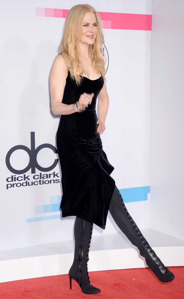 Nicole Kidman at 2017 American Music Awards at the Microsoft Theater in Los Angeles 11/19/2017-1