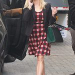 Reese Witherspoon Arrives for a Meeting in Santa Monica 11/13/2017-2