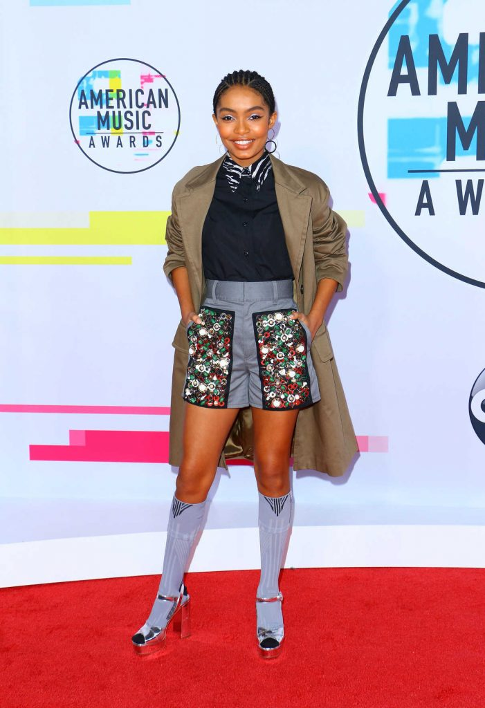 Yara Shahidi at 2017 American Music Awards at the Microsoft Theater in Los Angeles 11/19/2017-1
