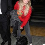 Hilary Duff Arrives at LAX Airport in Los Angeles 12/21/2017-3