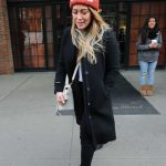 Hilary Duff Leaves Her Hotel in NYC 12/20/2017-4