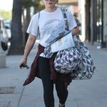 Hilary Duff Was Seen Out in Studio City 12/08/2017-2