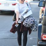 Hilary Duff Was Seen Out in Studio City 12/08/2017-3
