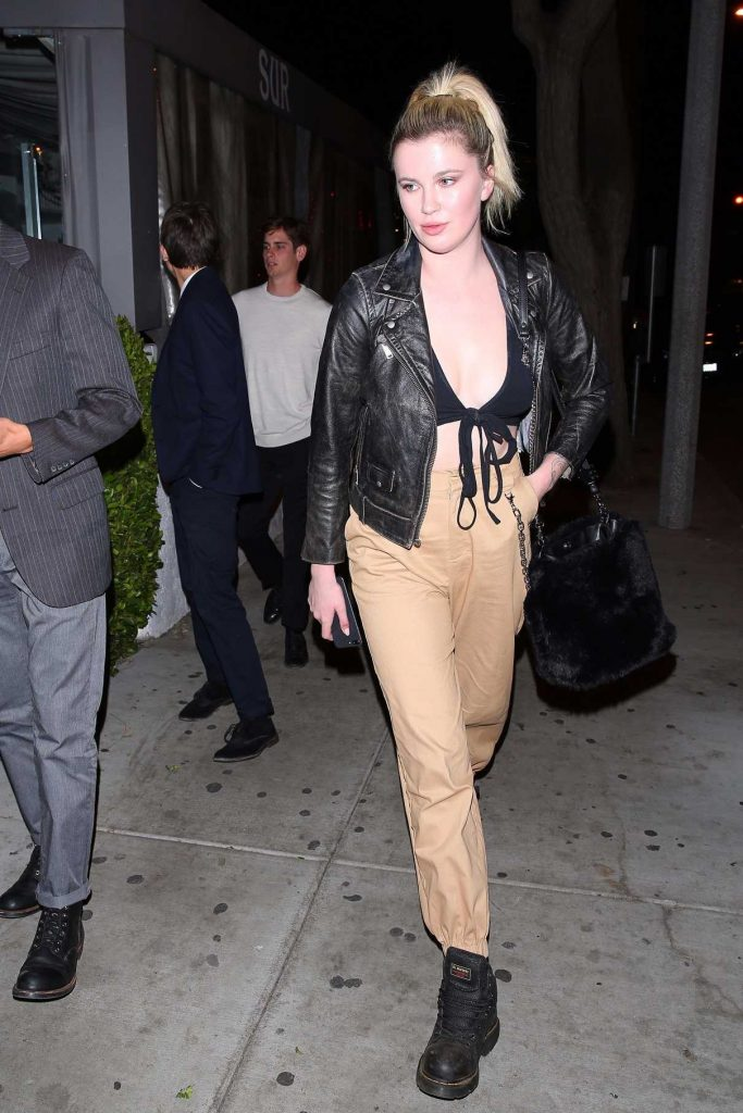 Ireland Baldwin Arrives at Sur Restaurant in West Hollywood 12/04/2017-1
