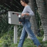 Irina Shayk Was Seen Out in LA 12/10/2017-2