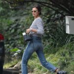 Irina Shayk Was Seen Out in LA 12/10/2017-4
