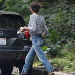 Irina Shayk Was Seen Out in LA 12/10/2017-5