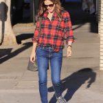 Jennifer Garner Was Seen Out in Los Angeles 12/13/2017-2