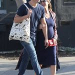 Jessica Alba Out Shopping With Her Husband Cash Warren in Venice Beach 12/03/2017-3