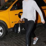 Gigi Hadid Returns Home in NYC 01/15/2018-2