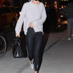 Gigi Hadid Returns Home in NYC 01/15/2018-4