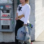 Hilary Duff Out Shopping at Big 5 Sporting Goods in LA 01/15/2018-2