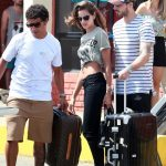 Izabel Goulart Back Home After Her Christmas Vacation in Fernando de Noronha, Brazil 12/30/2017-2