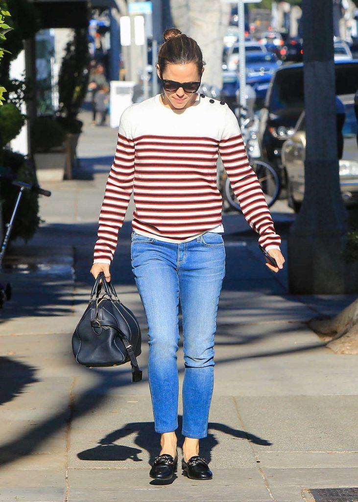 Jennifer Garner Was Seen Out in Brentwood 01/23/2018-1