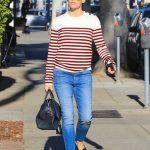 Jennifer Garner Was Seen Out in Brentwood 01/23/2018-3