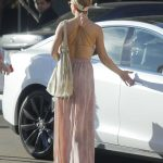 Kate Hudson Goes Shopping with Danny Fujikawa in Brentwood 01/14/2018-5