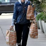 Kate Mara Out Shopping for Groceries in LA 01/17/2018-5