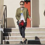 Kate Mara Takes Her Dog to the Hospital in LA 01/24/2018-5