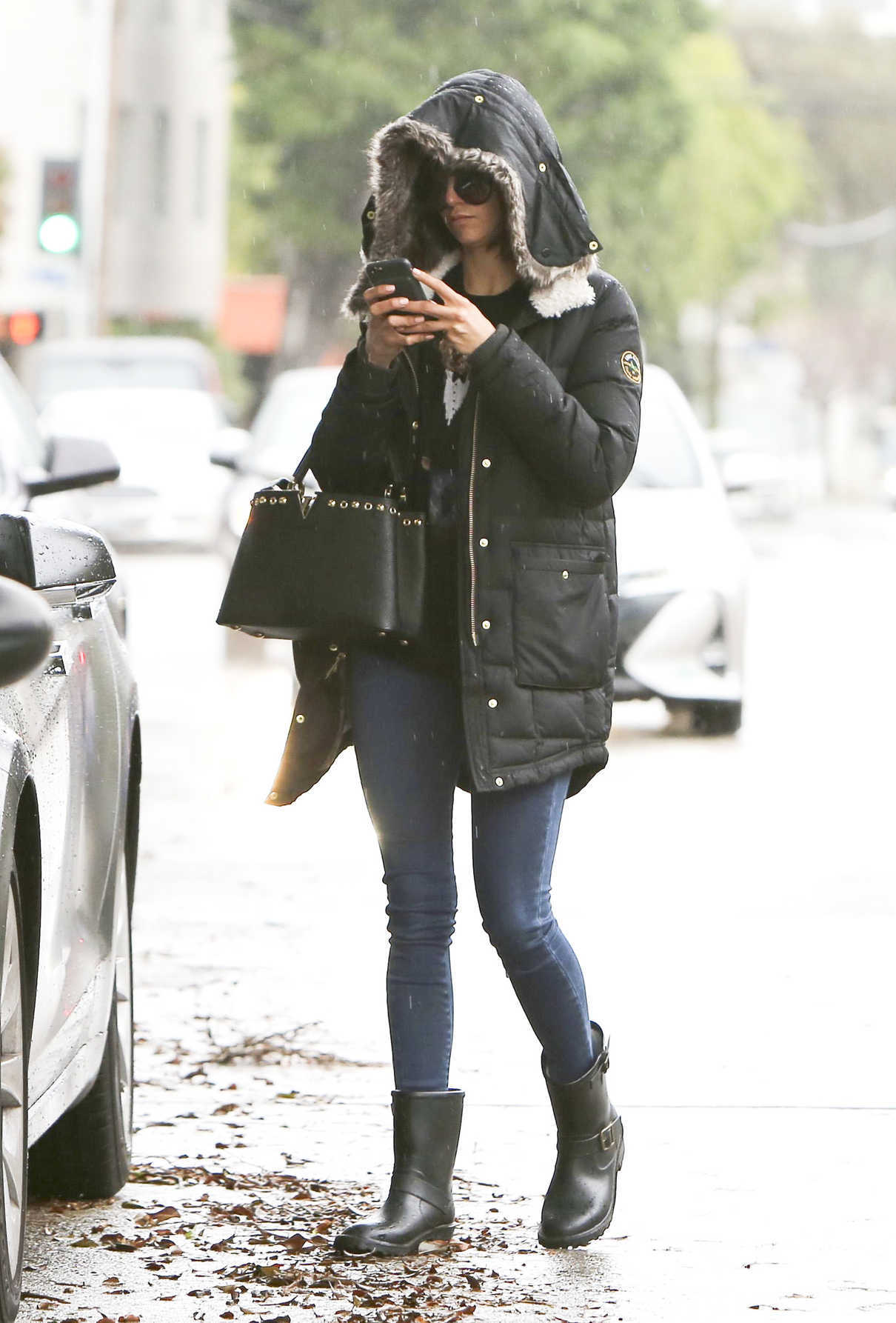 Nina Dobrev Was Spotted Out in Los Angeles on Her 29th Birthday 01/09/2018-3