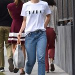 Olivia Wilde Was Seen Out with a Friend in West Hollywood 01/30/2018-3
