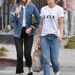 Olivia Wilde Was Seen Out with a Friend in West Hollywood 01/30/2018-5