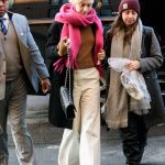Saoirse Ronan Wears a Pink Scarf and White Pants Out in NYC 01/09/2018-3