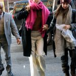 Saoirse Ronan Wears a Pink Scarf and White Pants Out in NYC 01/09/2018-4