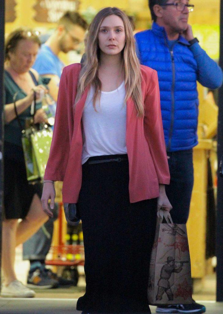 Elizabeth Olsen Shops for Groceries at Trader Joes in Los Feliz 02/01/2018-1