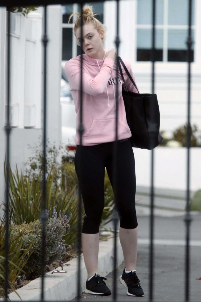 Elle Fanning Out for a Gym Session in Los Angeles 02/22/2018-1
