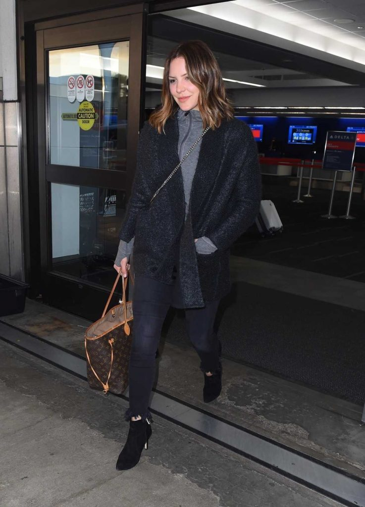 Katharine McPhee at LAX Airport in Los Angeles 02/19/2018-1