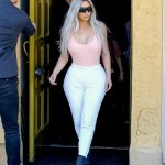 Kim Kardashian Out for Lunch at Carousel Restaurant in Hollywood 02/15/2018-2