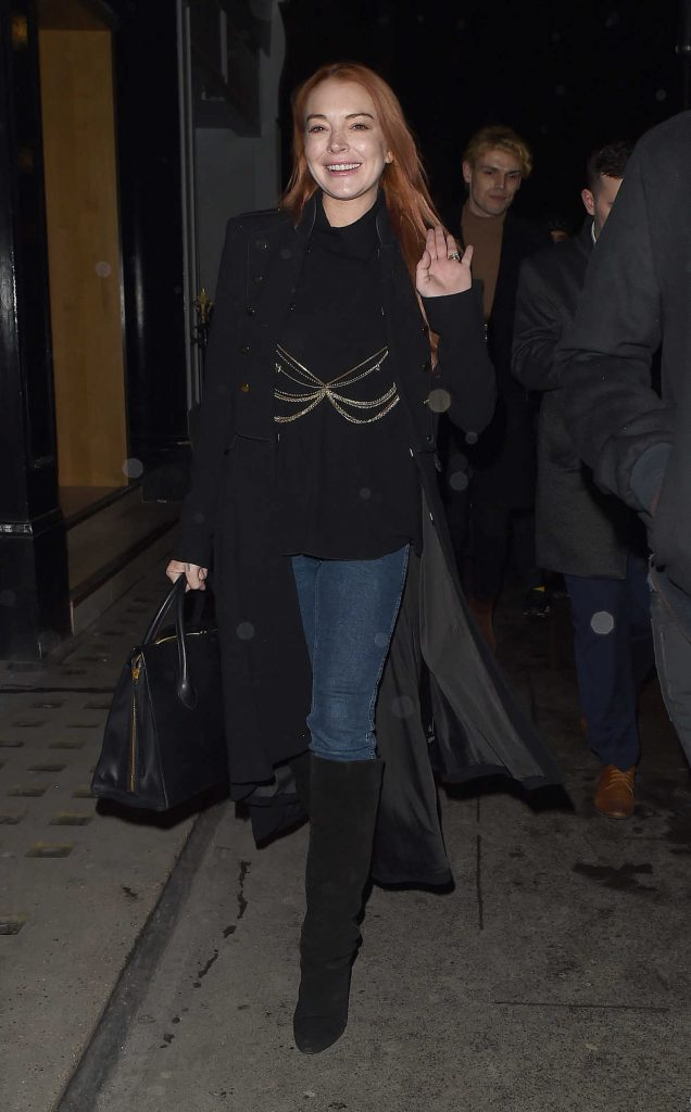 Lindsay Lohan Arrives at MNKY HSE Club in Mayfair in London 02/19/2018-1