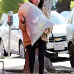 Madison Beer Gives a Big Bag of Clothes Away to Charity in LA 02/20/2018-4