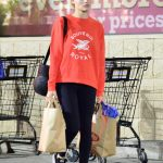 Margot Robbie Does Night Grocery Shopping in Los Angeles 02/05/2018-2