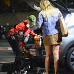 Margot Robbie Does Night Grocery Shopping in Los Angeles 02/05/2018-4