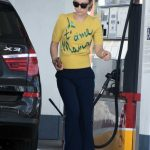 Olivia Wilde Wears a Yellow Blouse at a Gas Station in Los Angeles 02/12/2018-5