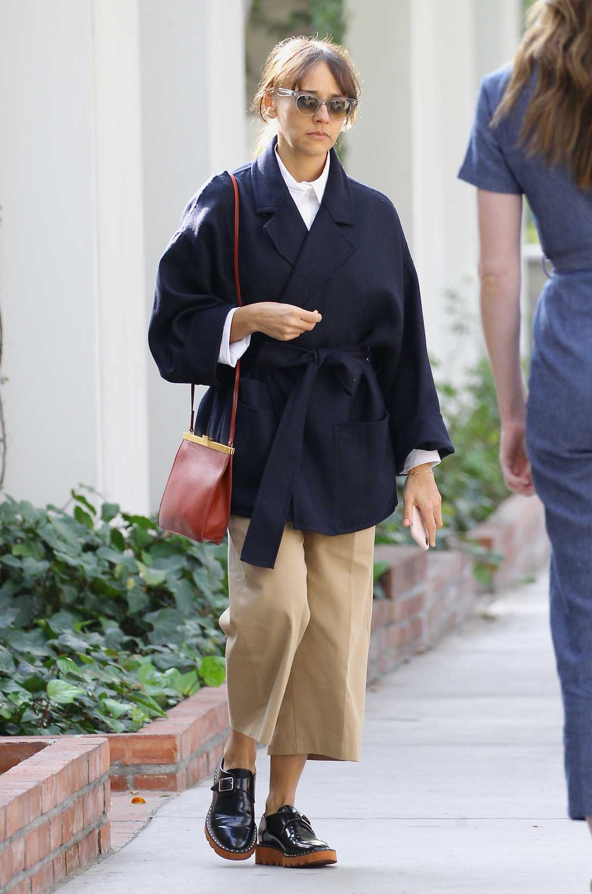 Rashida Jones Shops on Melrose Place in West Hollywood 02/10/2018-4