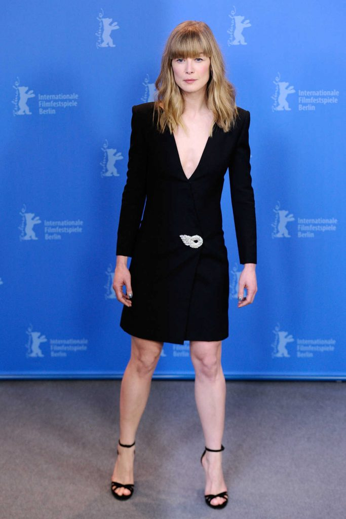 Rosamund Pike at the 7 Days in Entebbe Photocall During the 68th Berlinale International Film Festival in Berlin 02/19/2018-1