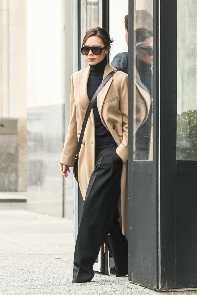 Victoria Beckham Leaves Her Hotel in Manhattan, New York City 02/10/2018-1