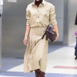Victoria Beckham Was Spotted at JFK Airport in New York 02/05/2018-5