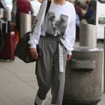Gigi Hadid Arrives at JFK Airport in NYC 03/29/2018-2