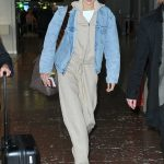 Gigi Hadid Arrives at the Charles de Gaulle Airport in Paris 03/27/2018-3