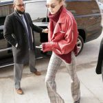 Gigi Hadid Arrives Back to Her Apartment in New York City 03/15/2018-3