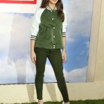 Hailee Steinfeld at the Hunter for Target Ultimate Family Festival at Brookside in Pasadena 03/25/2018-2
