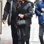 Hailee Steinfeld Stops by the Apple Store in NYC 03/08/2018-3