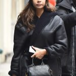 Hailee Steinfeld Stops by the Apple Store in NYC 03/08/2018-5