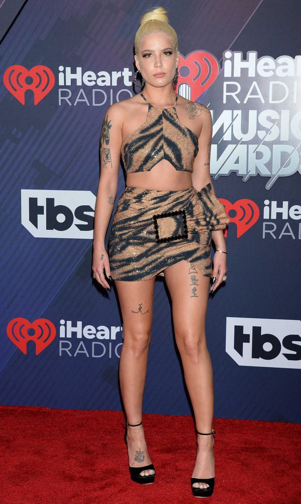 Halsey at 2018 iHeartRadio Music Awards in Inglewood 03/11/2018-1