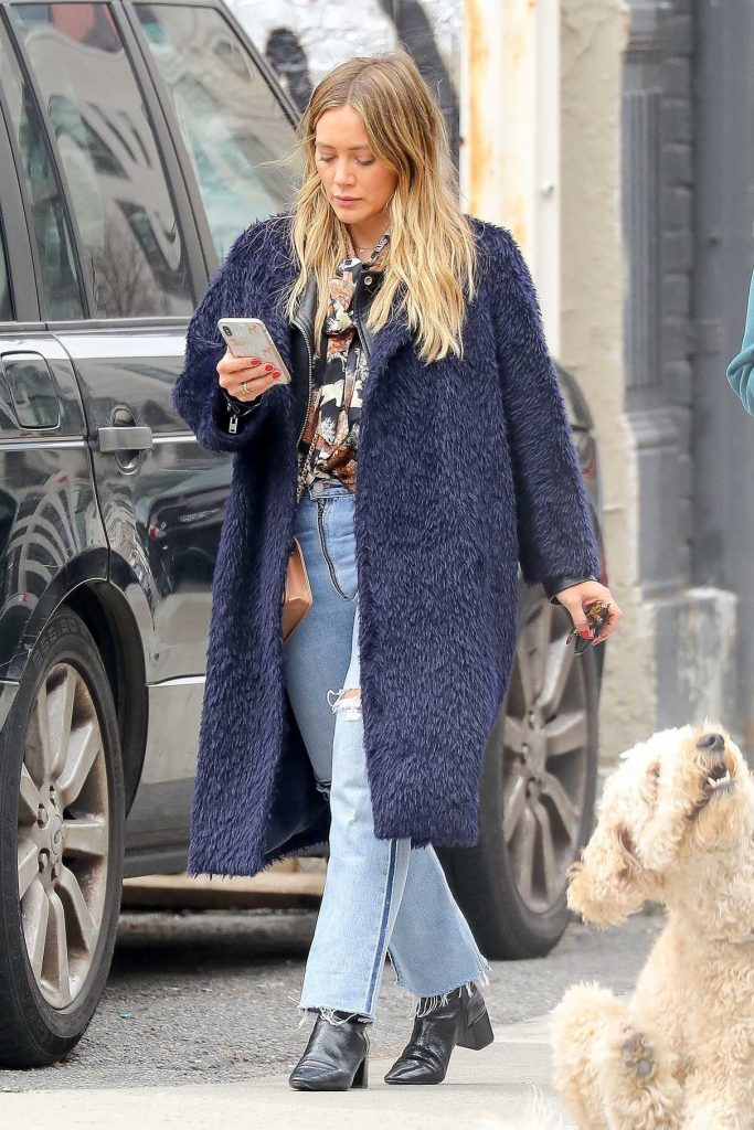 Hilary Duff Was Seen Out with Her Dog Lucy in NY 03/26/2018-1