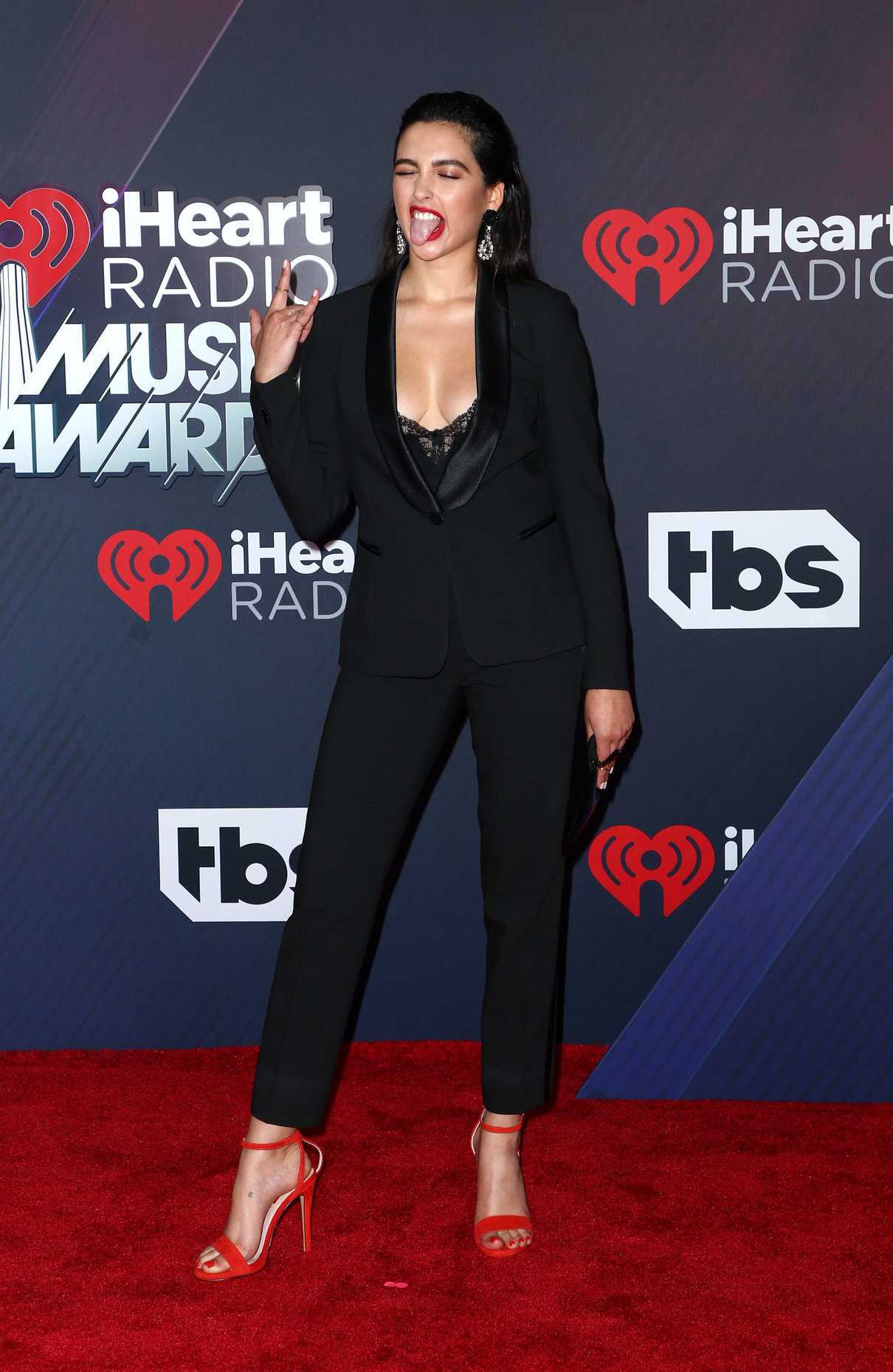 Jess Kent at 2018 iHeartRadio Music Awards in Inglewood 03/11/2018-3